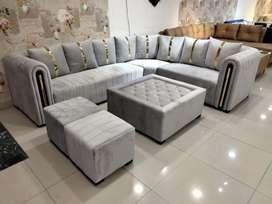 Brand New Luxury Sofa!!