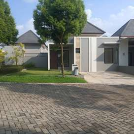 Sewa Rmh 1LT/3KT POJOK Dkt Tmn Taman Kedaton Homes BSB Beranda Bali