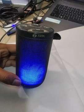 Zook rocker bluetooth speaker