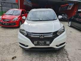 Honda HRV 1,5 E Matic tahun 2015 Putih Mutiara siap pakai