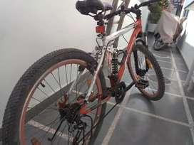 Mountain bike 26 inches, 21 gears, double shocker, front disk brake