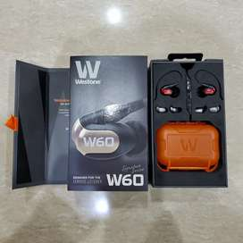 Westone W60 Fullset Like New with Westone Bluetooth MMCX