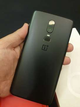 Oneplus 6 in excellent condition official approved