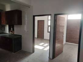 2 bhk flat For rent in Dwarka with car parking/Lift