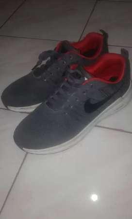 Sepatu Nike Zoom
