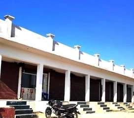 Buy 33.33 Gaj Commercial Property in Kharar