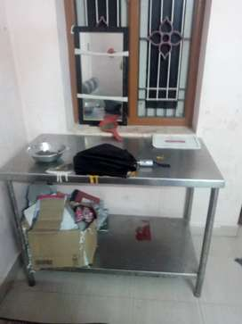 Table stainless steel