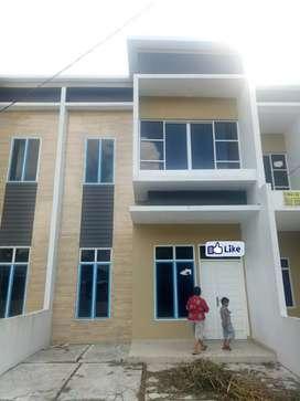 Dijual Rumah 2 lantai di Komplek Menteng Indah Medan