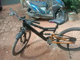 MTB cycle good condition but without gear