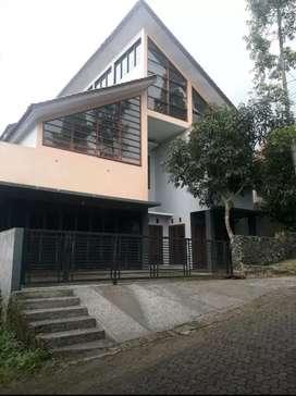 Murah Rumah dkt Hotel Sheraton dago kampung padi