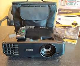 Lcd proyektor BenQ MS506P. 3200 Lumens, SVGA (800x600)