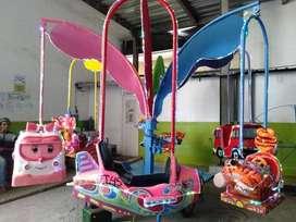 ERV 3 mainan usaha kereta mini panggung kincir komedi