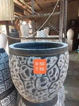 Pot semen motif batu