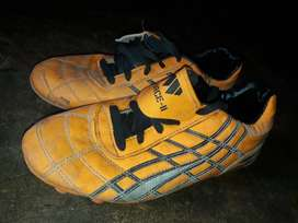 2 football boots size :5 and 6 with COMBO DEAL
