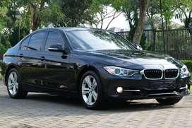 BMW 320i Sport 2014 Black on Black! Warranty! 328i e200 e250 520i x3