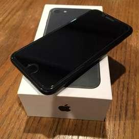 I PHONE. 7