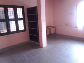 Single room for rent in Murugankurichi, Palayamkottai