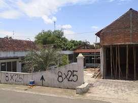 Djual cepat rumah bekas kos , ada sisa tanah ,cocok buat investasi