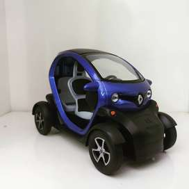 Kinsmart Renault Twizy 5inches diecast model