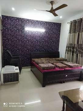 3bhk semi furnished flat in zirakpur