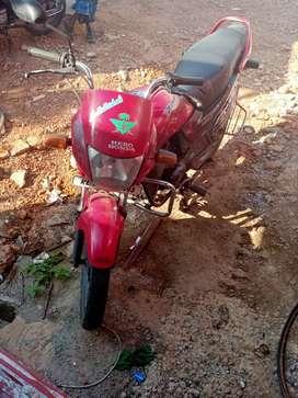 Hero Honda passion plus red&black colour