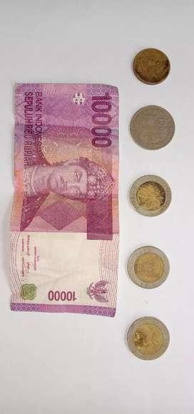 Dijual cepat Uang koin 1000 kelapa ,500 bunga melati,100,10000 jadul.