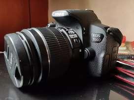 Beginner camera for sale canon 700d