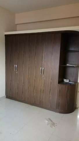 3BHK semi furnished posh flat rent near SDM Law collage