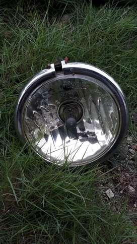Kepala lampu motor laki2