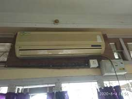 LG Ac...it's good condition.you can come and check it.