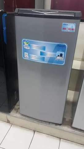 Yang pasti aja kredit bunga 0% kulkas aqua silver 1pintu tanpa dp