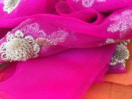 Ladys tailor requierd