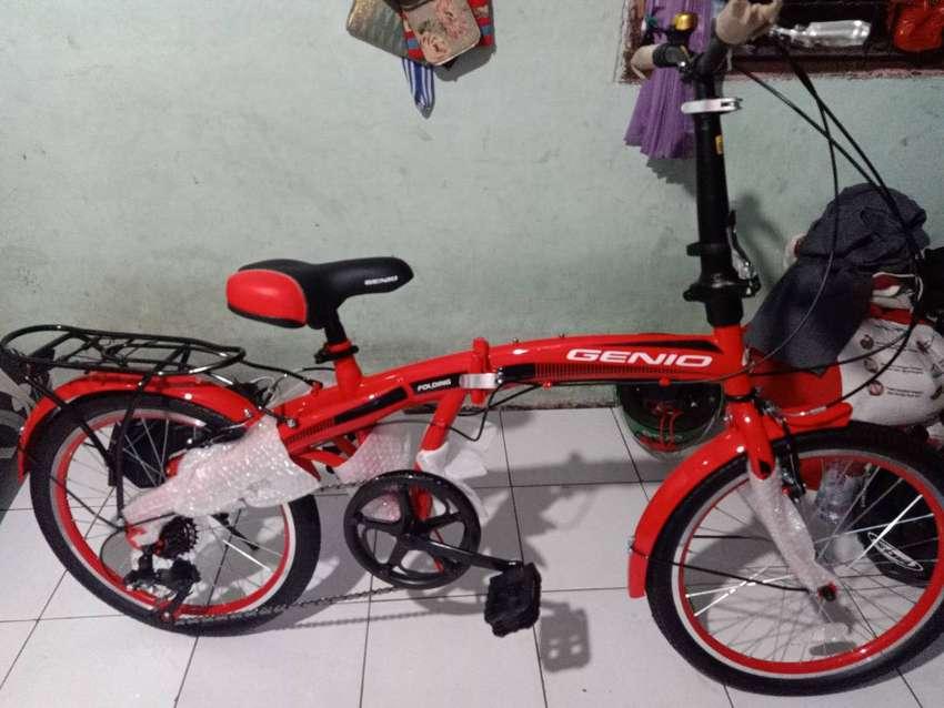 Jual cepat sepeda lipet merek Genio ukuran 20 in 0