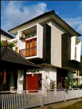 Disewakan rumah 3 tiga kamar di kawasan elite Griya Loka Tabanan