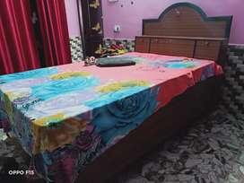Single diwaan bed