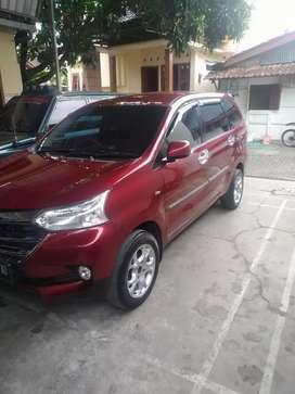 Dijual mobil Avanza bekas tahun 2015