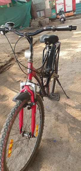 Well maintained Hero DTB cycle with 6 Gears