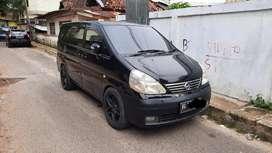 Dijual Nissan Serena Hws 2.0 A/T 2010