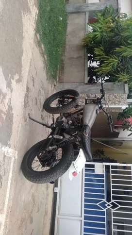 Honda cb 100 bloc Mega pro 160 cc