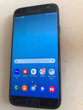 Samsung J7 Pro (mint condition) with box