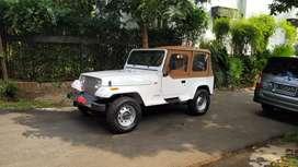 Jeep Wrangler YJ tahun 1996 hartop or softop