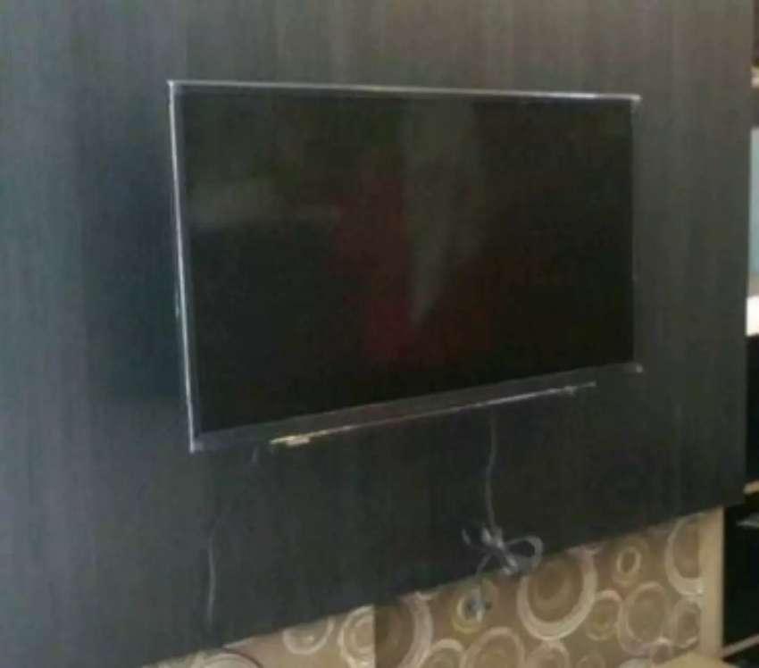 Jual Bracket tv LED serta bantu pasang bracket ke dinding