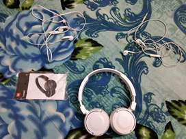 Bluetooth Headphones + two wired earphones