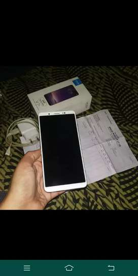 vivo v7 plus 4/64 white with bill box charger