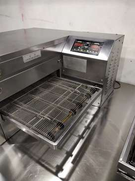 Conveyor belt size 17 inches pizza oven , fast food setup delivery bag