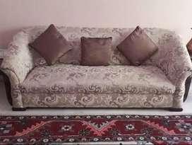Drawing room sofa set for sale