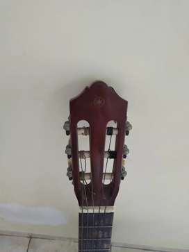 Gitar C-40 Bekas berkualitas