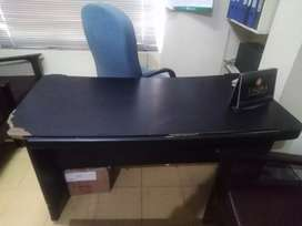 Office furniture for sale brind new