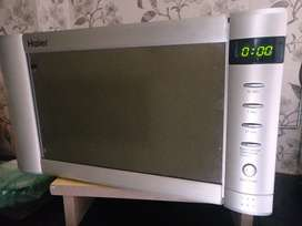 Sparingly used Haier Microwave oven for sale