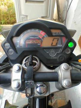 2014 Yamaha FZ barely Driven, New Tires and Battery